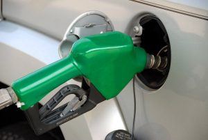 Aumento no preço dos combustíveis: a crise que motivou a troca do presidente da Petrobrás