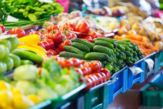96% dos beneficiários usaram auxílio emergencial para alimentação