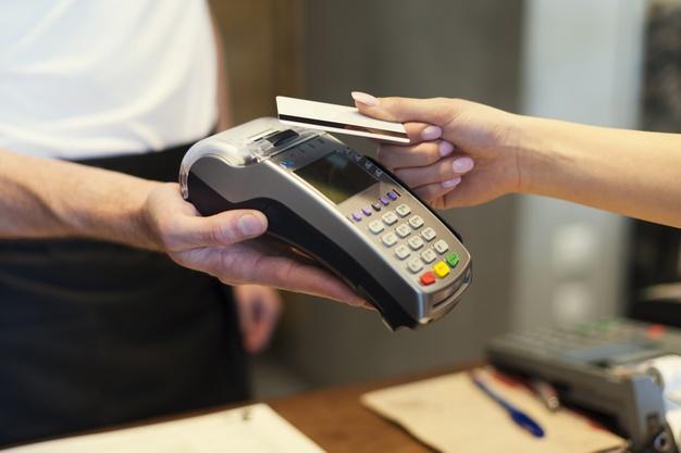 Vale A Pena Fazer Crediário de Cartão de Crédito?