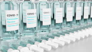 Recusar vacina: o que acontece com trabalhador nesse caso